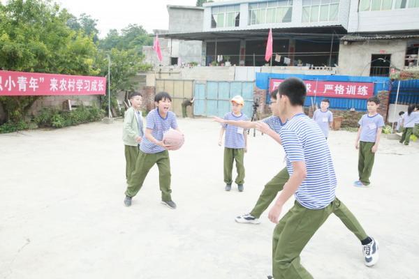 2019 小知青 小红军夏令营精选700_509.JPG